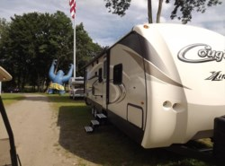 New 2018  Keystone Cougar 29BHS by Keystone from Diamond RV Centre, Inc. in West Hatfield, MA
