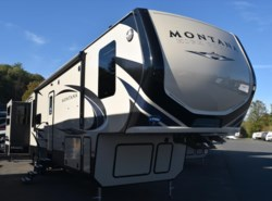 New 2018  Keystone Montana High Country 378RD by Keystone from Diamond RV Centre, Inc. in West Hatfield, MA