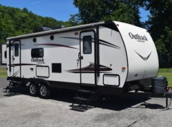 Used 2015  Keystone Outback 250TRS by Keystone from Diamond RV Centre, Inc. in West Hatfield, MA