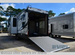 Used 2013  Heartland RV Cyclone 3010 by Heartland RV from Dick Gore's RV World in Jacksonville, FL