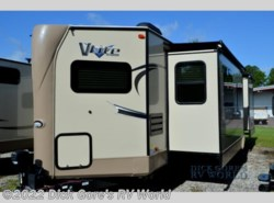 New 2018  Forest River Flagstaff V-Lite 30WFKSS by Forest River from Dick Gore's RV World in Jacksonville, FL
