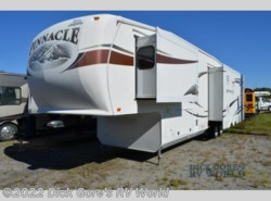 Used 2011  Jayco Pinnacle 35LKTS