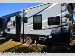 Used 2018  Keystone Impact 361 by Keystone from Dick Gore's RV World in Richmond Hill, GA