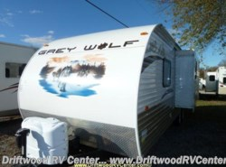 Used 2012  Cherokee  GRAY WOLF 26RB by Cherokee from Driftwood RV Center in Clermont, NJ