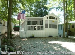 Used 2003  Forest River Summit 40TLFD by Forest River from Driftwood RV Center in Clermont, NJ