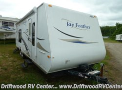 Used 2010  Jayco  JAYFEATHER 242 by Jayco from Driftwood RV Center in Clermont, NJ