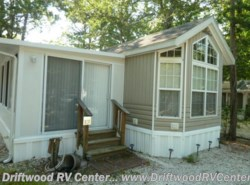 Used 2004  Breckenridge  1240PG by Breckenridge from Driftwood RV Center in Clermont, NJ