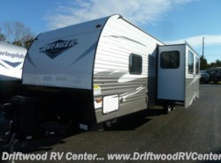 New 2018  Prime Time Avenger 31DBS by Prime Time from Driftwood RV Center in Clermont, NJ