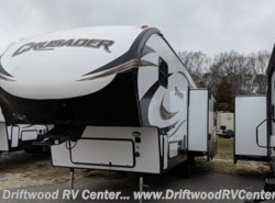 New 2018  Prime Time Crusader 28RL by Prime Time from Driftwood RV Center in Clermont, NJ