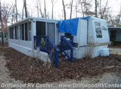 Used 2009  Gulf Stream Innsbruck 40TBS by Gulf Stream from Driftwood RV Center in Clermont, NJ