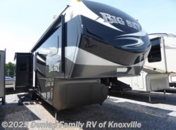 Used 2014 Keystone Montana Big Sky 3402RL available in Louisville, Tennessee