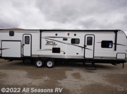 New 2017  Jayco Jay Flight SLX 32BDSW by Jayco from All Seasons RV in Muskegon, MI