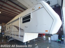 Used 1999  Jayco Designer 3310 by Jayco from All Seasons RV in Muskegon, MI