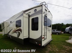 New 2018  Jayco North Point 377RLBH by Jayco from All Seasons RV in Muskegon, MI