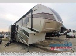 New 2017  Dutchmen Voltage V3970 by Dutchmen from ExploreUSA RV Supercenter - KYLE, TX in Kyle, TX