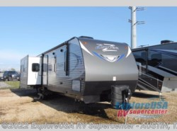 New 2017  CrossRoads Zinger ZR34RS by CrossRoads from ExploreUSA RV Supercenter - KYLE, TX in Kyle, TX