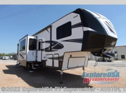 New 2018  Dutchmen Voltage V3805 by Dutchmen from ExploreUSA RV Supercenter - KYLE, TX in Kyle, TX