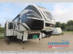 Used 2014  Dutchmen Voltage V3895 by Dutchmen from ExploreUSA RV Supercenter - KYLE, TX in Kyle, TX