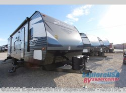 New 2018  CrossRoads Zinger ZR328SB by CrossRoads from ExploreUSA RV Supercenter - KYLE, TX in Kyle, TX