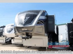 New 2017  Dutchmen Voltage V4150 by Dutchmen from ExploreUSA RV Supercenter - BOERNE, TX in Boerne, TX