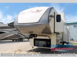 Used 2016  Forest River Cardinal Library - 3030RS by Forest River from ExploreUSA RV Supercenter - BOERNE, TX in Boerne, TX