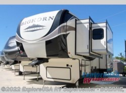 New 2018  Heartland RV Bighorn Traveler 37SS by Heartland RV from ExploreUSA RV Supercenter - BOERNE, TX in Boerne, TX