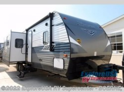 New 2018  CrossRoads Zinger ZR333DB by CrossRoads from ExploreUSA RV Supercenter - BOERNE, TX in Boerne, TX
