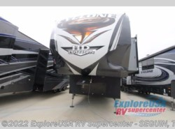 New 2017  Heartland RV Cyclone 4005 by Heartland RV from ExploreUSA RV Supercenter - SEGUIN, TX in Seguin, TX
