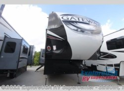 New 2018  Heartland RV Gateway 3211 CC by Heartland RV from ExploreUSA RV Supercenter - SEGUIN, TX in Seguin, TX