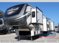 New 2018  CrossRoads Volante 3751BH by CrossRoads from ExploreUSA RV Supercenter - SEGUIN, TX in Seguin, TX