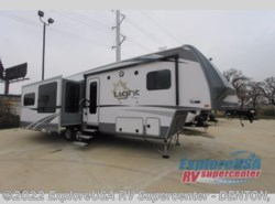 New 2017  Highland Ridge  Open Range Light LF319RLS by Highland Ridge from ExploreUSA RV Supercenter - DENTON, TX in Denton, TX