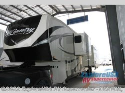 New 2017  Heartland RV Big Country 3950 FB by Heartland RV from ExploreUSA RV Supercenter - DENTON, TX in Denton, TX