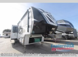 New 2017  Dutchmen Voltage V4105 by Dutchmen from ExploreUSA RV Supercenter - DENTON, TX in Denton, TX
