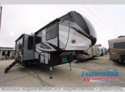 New 2018  Heartland RV Cyclone 3600 by Heartland RV from ExploreUSA RV Supercenter - DENTON, TX in Denton, TX