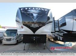 New 2019  Heartland RV Cyclone 4007 by Heartland RV from ExploreUSA RV Supercenter - DENTON, TX in Denton, TX