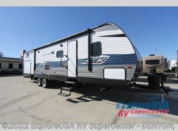 New 2019  CrossRoads Longhorn 328SB by CrossRoads from ExploreUSA RV Supercenter - DENTON, TX in Denton, TX