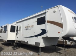 Used 2008  SunnyBrook Bristol Bay 3510RE by SunnyBrook from EZ Living RV in Braidwood, IL