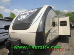 New 2016  Winnebago Ultralite 33BHSL by Winnebago from Fretz  RV in Souderton, PA