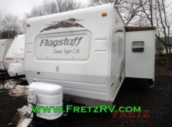 Used 2009  Forest River Flagstaff Classic Super by Forest River from Fretz  RV in Souderton, PA