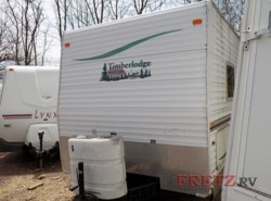 Used 2004  Timberland Timberlodge 27RES by Timberland from Fretz  RV in Souderton, PA