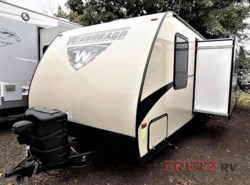 Used 2017  Winnebago Minnie 2201 DS by Winnebago from Fretz  RV in Souderton, PA