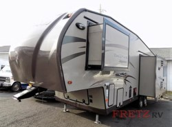 Used 2015  Forest River Rockwood Signature Ultra Lite 8282WS by Forest River from Fretz  RV in Souderton, PA