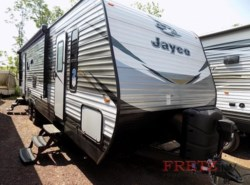 New 2018  Jayco Jay Flight 28RLS by Jayco from Fretz  RV in Souderton, PA