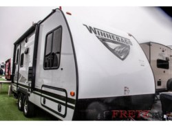 New 2019 Winnebago Micro Minnie 1808FBS available in Souderton, Pennsylvania