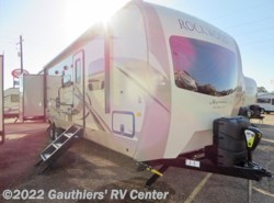 New 2018  Forest River Rockwood Signature Ultra Lite 8326BHS by Forest River from Gauthiers' RV Center in Scott, LA