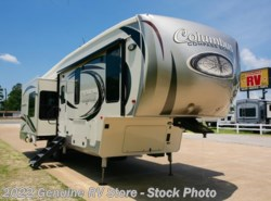 New 2018  Palomino Columbus 298RLC by Palomino from Genuine RV Store in Nacogdoches, TX