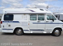Used 1997  Leisure Travel  Freedom WIDEBODY by Leisure Travel from Sunny Island RV in Rockford, IL