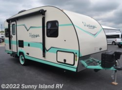 New 2018  Gulf Stream Vintage Cruiser  19ERD by Gulf Stream from Sunny Island RV in Rockford, IL