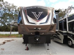 Used 2014  Dutchmen Voltage 3895 by Dutchmen from Giant Recreation World, Inc. in Melbourne, FL