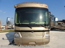 Used 2008  Monaco RV  SIGNATURE by Monaco RV from Giant Recreation World, Inc. in Palm Bay, FL